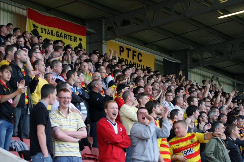 The Shed were in full voice in the first half as Thistle dominated the opening exchanges.